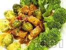 Рецепта Ароматно телешко месо с броколи и брюкселско зеле